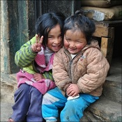 Sherpa children on the trek to Base Camp